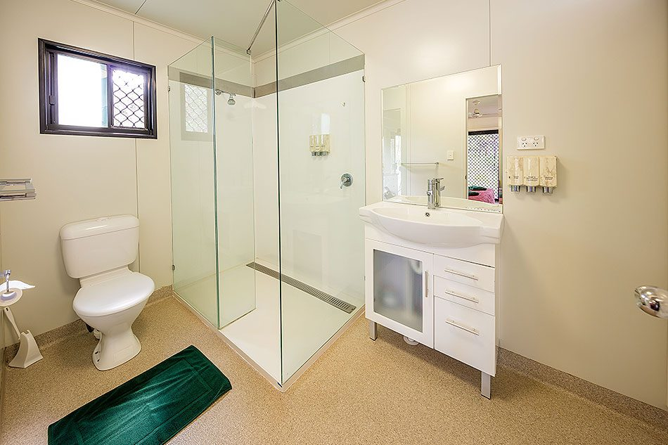 Undara Pioneer Huts Bathrooms
